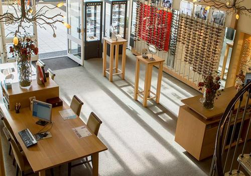 83437a984a9139 Schouwburg Optiek in Tilburg  opticien voor brillen en lenzen